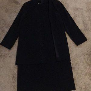 Pretty Pre-Owned Black Dress (Women's Size 10)